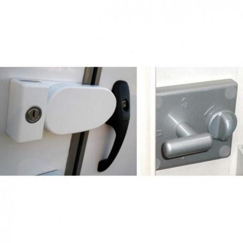 Cerradura exterior con accionamiento interior