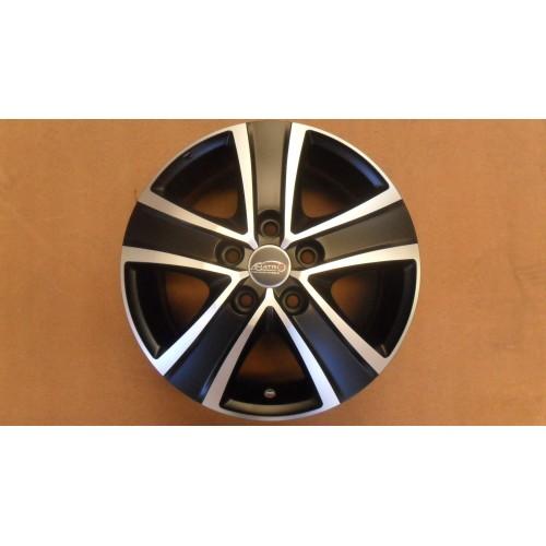 """Llanta Matrix Fuoco 5 VAN ICE-Black 16"""" Volkswagen T5 y T6"""