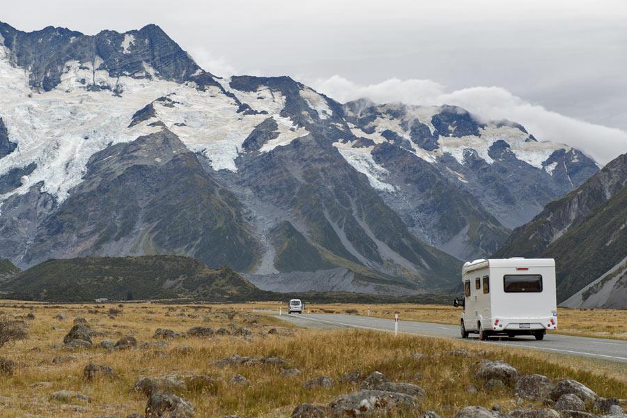 Viajar en autocaravana con niños a la nieve